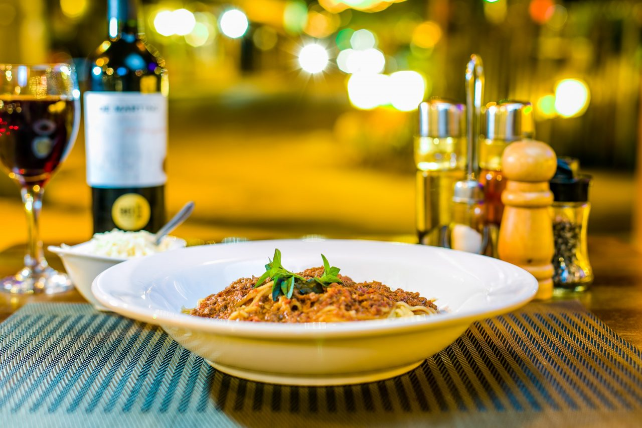 best wine with pasta - featured image