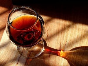 glass of port wine - featured image